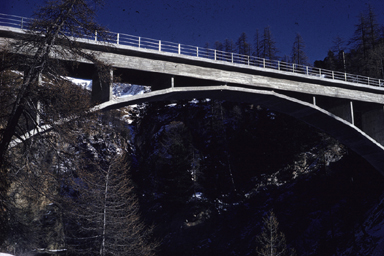 Averserrhine-Bridge Cröt